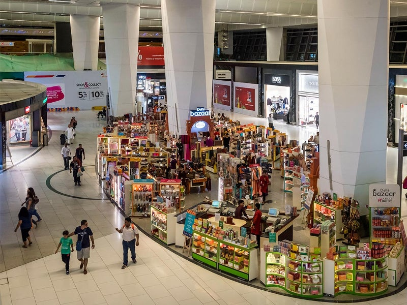 Restaurants, cafes, food outlets and bars are built in 20,000m². Image courtesy of Delhi International Airport Limited.