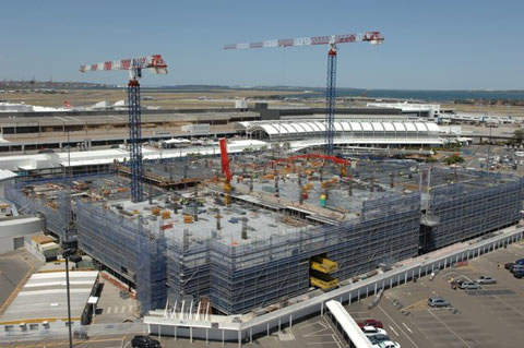 Sydney Airport T1 expansion construction work is underway.