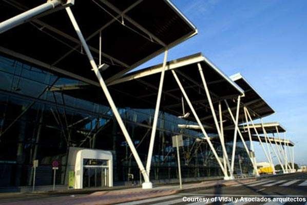 Zaragoza Airport has been expanded to cover the period of the expo and also to encourage tourism.