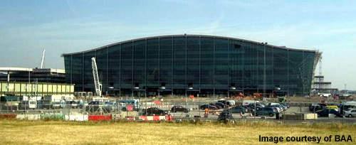Main terminal interior view (concourse A).