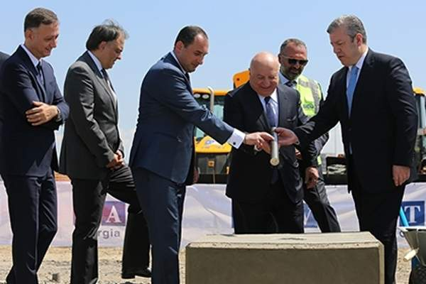 Ground for the new arrivals terminal at Tbilisi International Airport was broken in June 2016. Image courtesy of Ministry of Economy and Sustainable Development of Georgia.