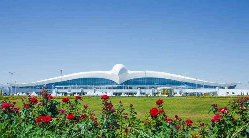 The new terminal at Ashgabat international airport takes the shape of a Turkmen Falcon. Image courtesy of Ashgabat.