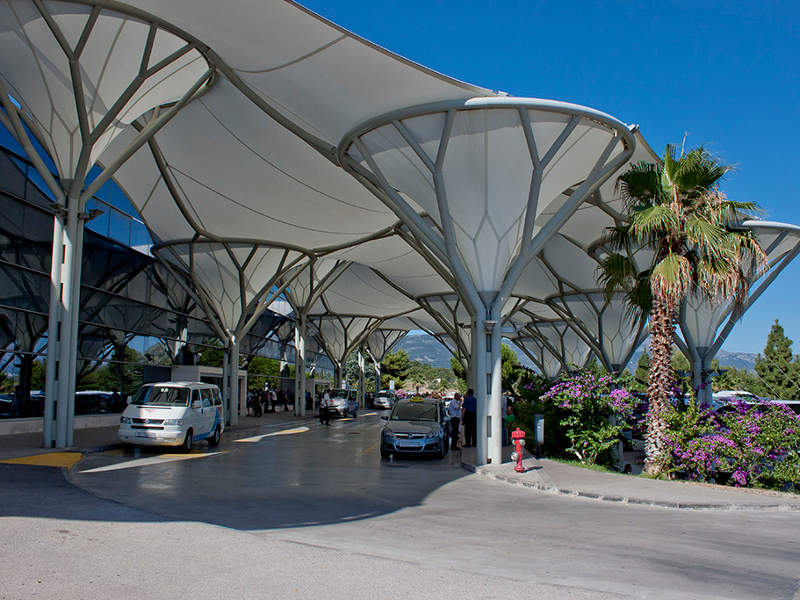 Split airport's passenger terminal has the capacity to process two million passengers a year. Image courtesy of Ballota.