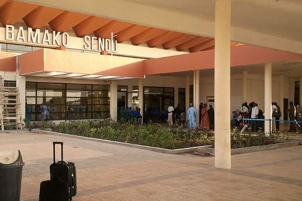 The expanded Bamako-Senou International Airport is expected to handle up to 900,000 passengers a year by 2015. Image courtesy of PetterLundkvist.