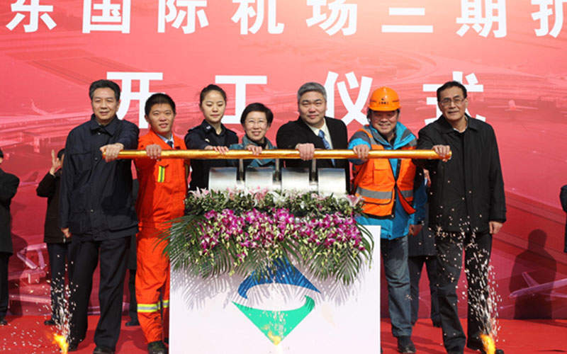 The satellite terminal is being constructed as part of phase three construction of the Pudong International Airport. Credit: Shanghai Airport Authority.