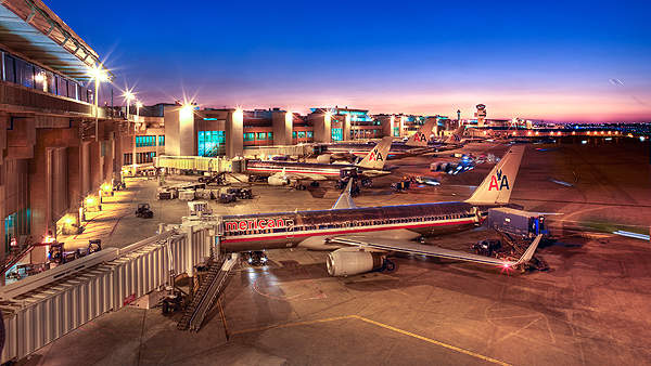 The new North terminal  handles more than 300 flights a day. Image courtesy of Heery S&G.