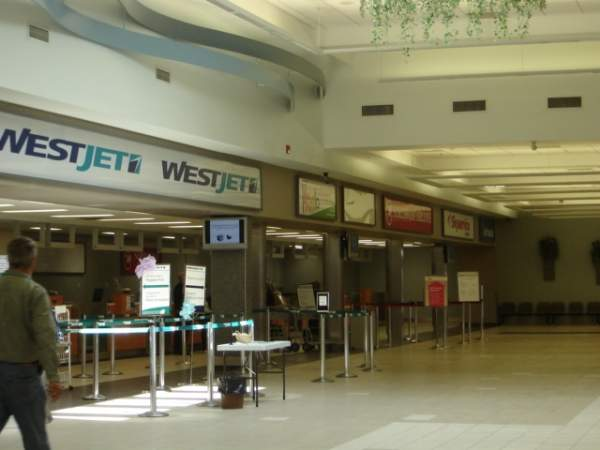 The airport has 34 check-in desks. Image courtesy of SriMesh.
