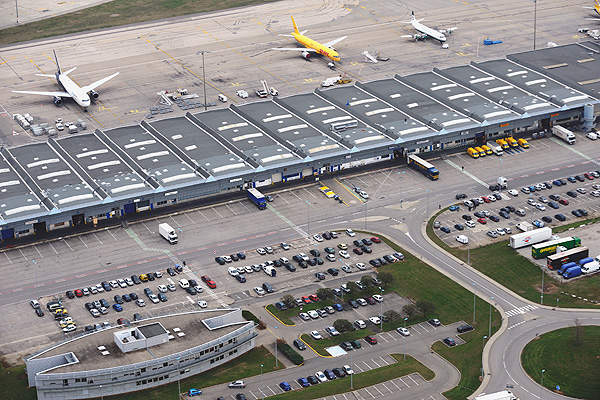 The airport cargo centre covers an area of 50ha.