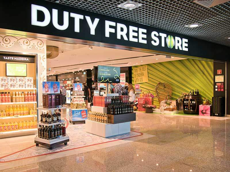The duty-free store was renovated with a new walk-through concept. Image courtesy of Aeroportus de Portugal (ANA).