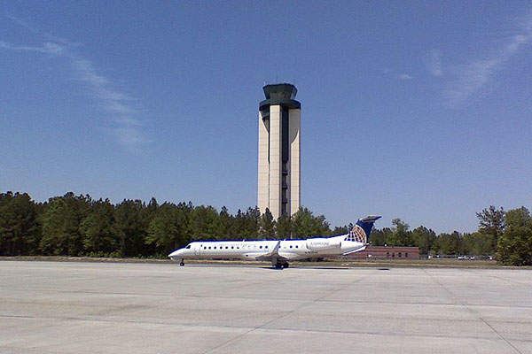 A 119.1m high ATC tower is situated next to the terminal building. Image courtesy of Daniel Richardson.