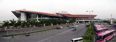 Noi Bai Airport has a capacity to handle a maximum of 50 million passengers a year.