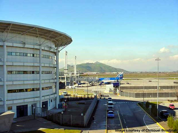 Originally known as Aeropuerto Pudahuel, the airport was later renamed Comodoro Arturo Merino Benítez International Airport in March 1980, but it is also known as Santiago International Airport.