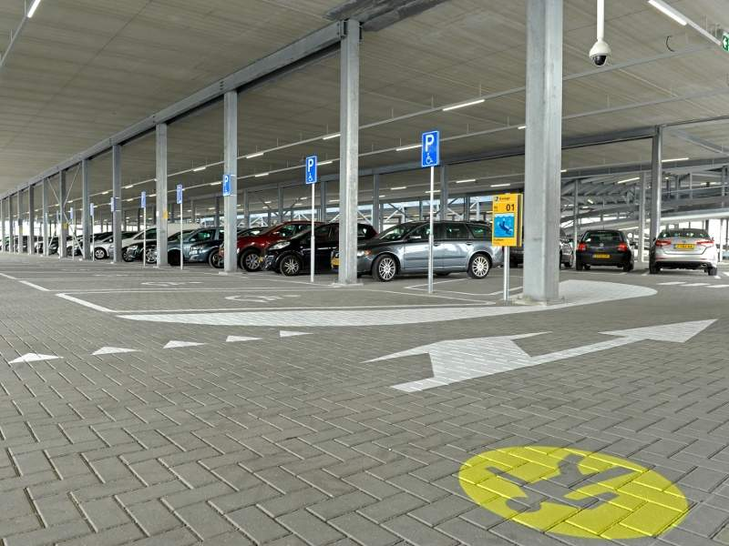 The parking garage features 2,650 parking spaces. Credit: Schiphol.