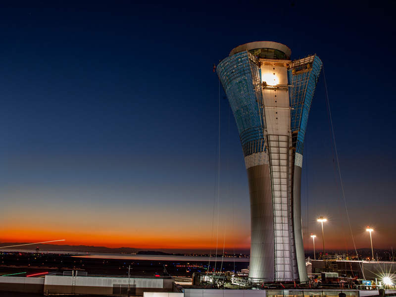 A new air traffic control tower has been constructed at the airport. Image courtesy of San Francisco International Airport.