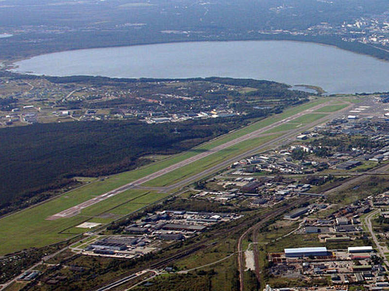 Tallinn airport's runway is being expanded to become the longest in Baltic States. Image courtesy of Ville Hyvönen.