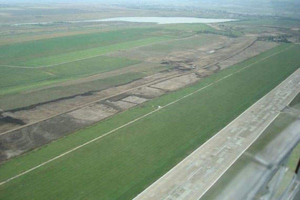 Construction of the new runway at the airport began in 2013. Image courtesy of UTI.