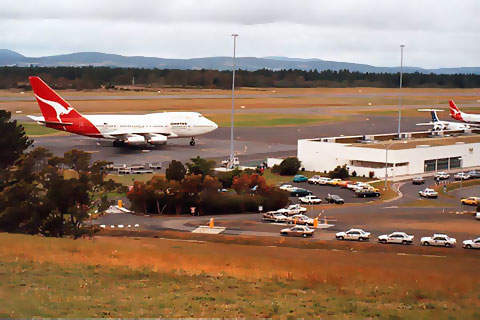 Hobart Airport has a single runway, 12/30.