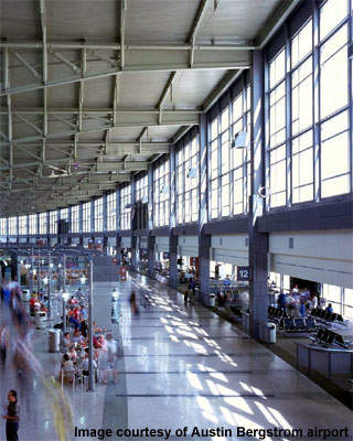 A bird's eye view of the main concourse.