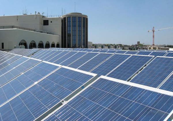 Malta International Airport saves €30,000 of the airport's electricity cost by utilising solar energy.
