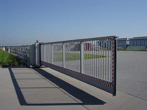 Amc security products airport technology