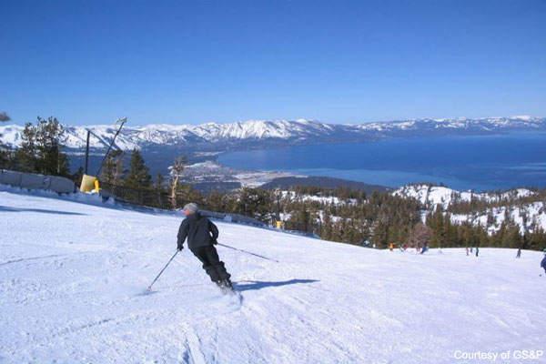 Reno-Tahoe is the closet airport to the Tahoe ski resort.
