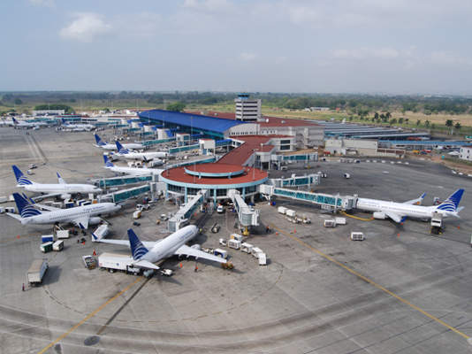 Tocumen International Airport witnessed more than 93,710 aircraft movements in 2011. Images courtesy of Aeropuerto Internacional de Tocumen.
