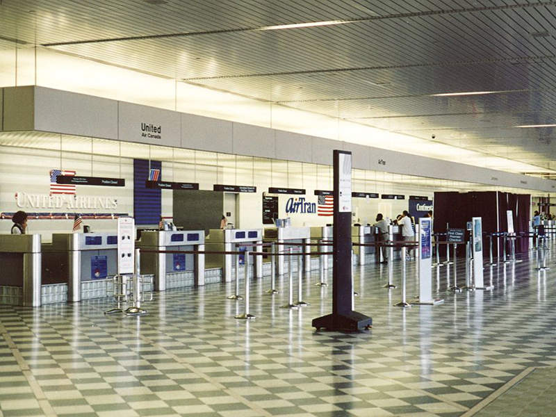 Ticket lobby at the Greater Rochester International Airport terminal. Image courtesy of JKruggel.