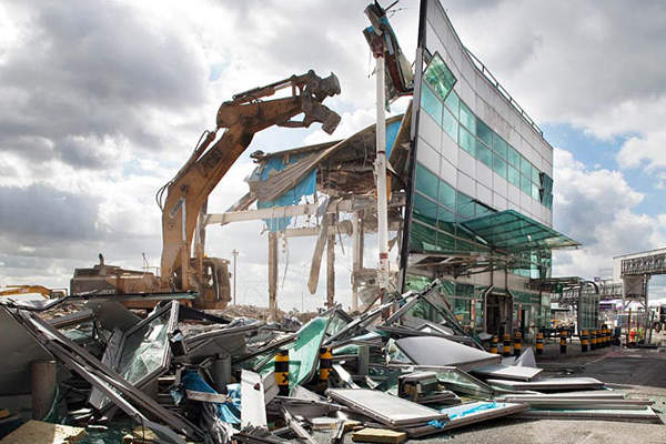 The old Terminal 2 was demolished in 2010 to build the new terminal building. Credit: LHR Airports Limited.