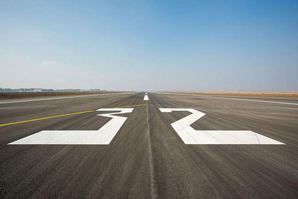 The new 14/32 runway was designed to be one of the best runways in Romania. Image courtesy of Iasi County Council.