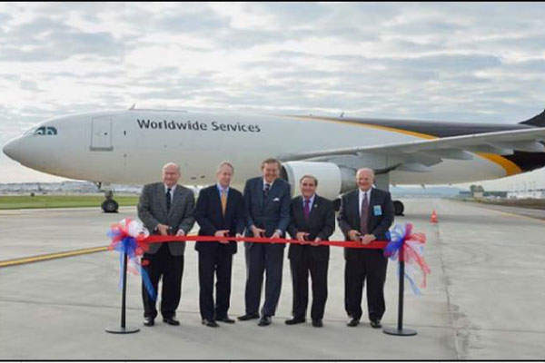 The Taxiway Alpha was opened in October 2014. Image: courtesy of Louisville Regional Airport Authority.