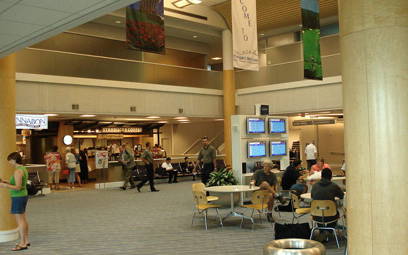 A food court is located in Level 1 of the terminal. Image: courtesy of James Stewart.