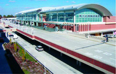 Richmond International Airport's upgraded terminal complex features a two-tiered roadway and close-in parking garages.