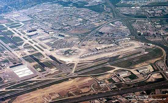 Aerial view of all three terminals at Toronto Pearson Airport: Terminal 3 (left), Terminal 1 (center) and Terminal 2 (right).