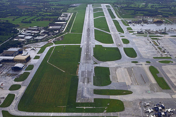 A new second runway is proposed at the Gatwick Airport. Image courtesy of Gatwick Airport Limited.