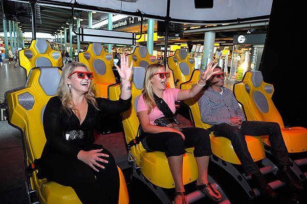 A virtual 3D ride adventure was set-up for the passengers and installed at the Amsterdam Airport Schiphol.