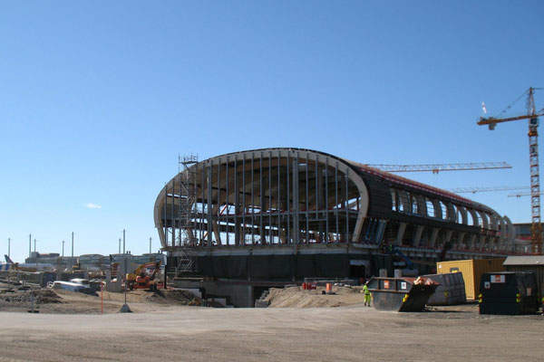 The airport's Pier B was constructed north of the existing terminal building. Image courtesy of Ruukki.