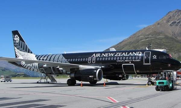 Air New Zealand offers services at the Queenstown Airport and also has its Koru lounge in the terminal. Image courtesy of Robert Linsdell.