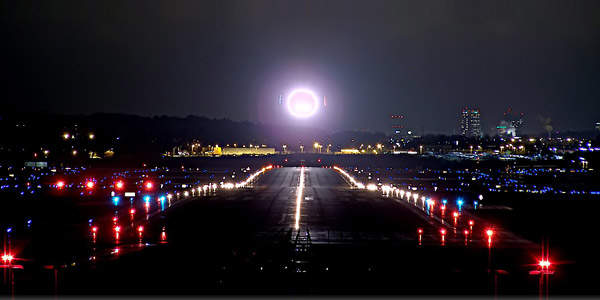 Nice The Purpose Of Airfield And Runway Lighting Is To Act As A Marker Instead  Of Providing Typical Illumination In The Conventional Sense. Design Ideas