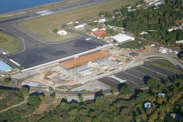 The Mayotte Airport has a single runway. Image: courtesy of Airport Mayotte Dzaoudzi – Pamandzi.