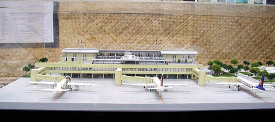 Model of the New Bacolod Airport terminal building, showing air bridges.