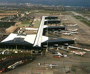 The existing terminal at Barcelona airport provides links to 50 European Union cities.