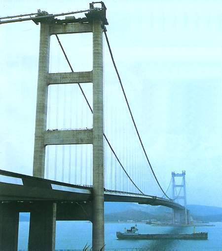 The spectacular Tsing Ma Bridge is an Anglo-Japanese construction project.