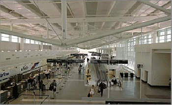 In 2001 the 900,000ft<sup>2</sup> terminal was completed at Midway Airport.
