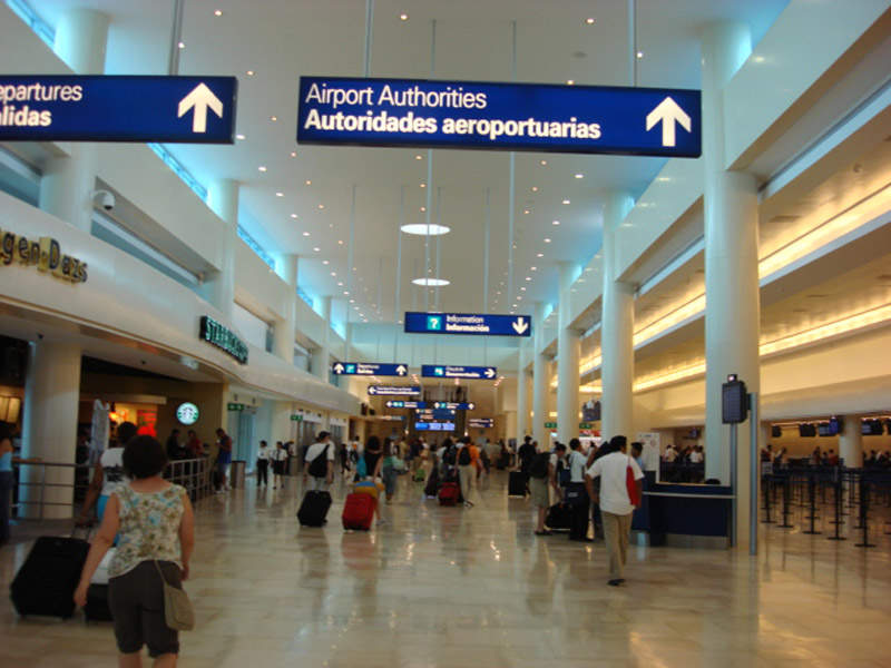 Cancun International Airport is operated by Grupo Aeroportuario del Sureste. Credit: Sophixin.