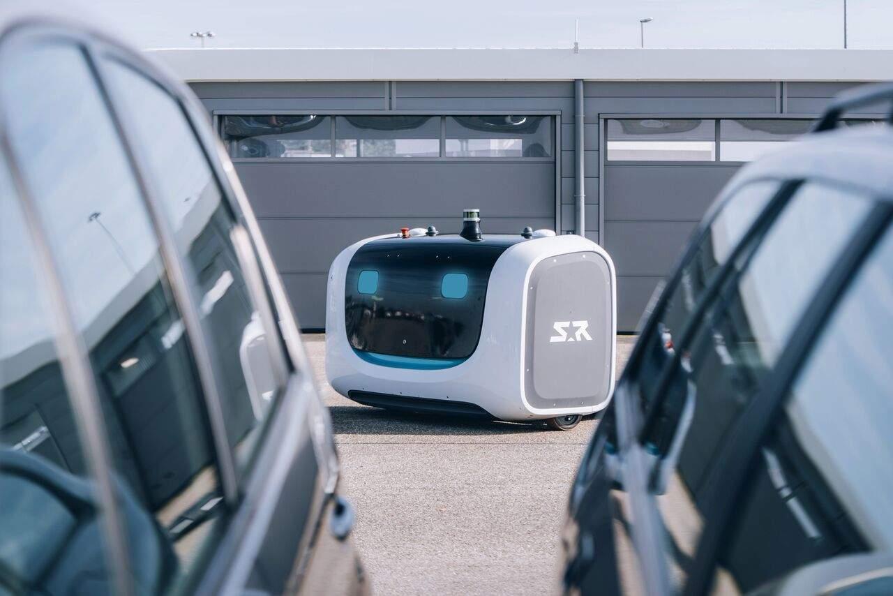 Introducing Stan: the robot valet parking cars at Lyon Airport