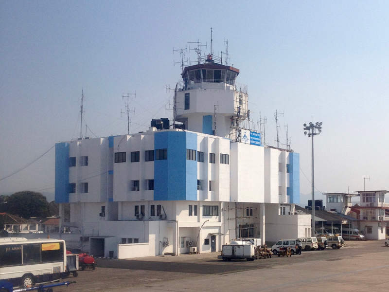 A view of the air traffic control tower at the LGBI Airport. Image courtesy of Trinidade.