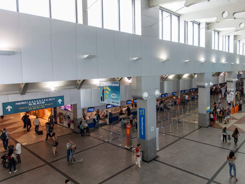 Deputado Luis Eduardo Magalhaes International Airport handled 7.7 million passengers in 2017. Image courtesy of ME/Portal da Copa.