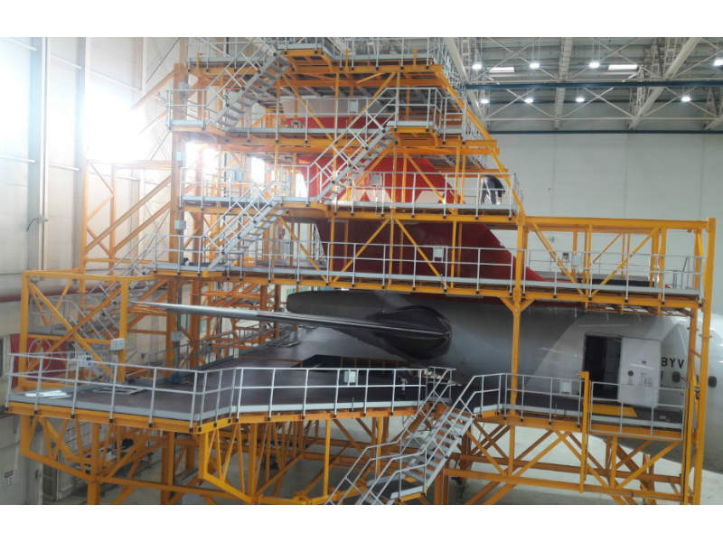 makro-aero-aircraft-docking-platform-1