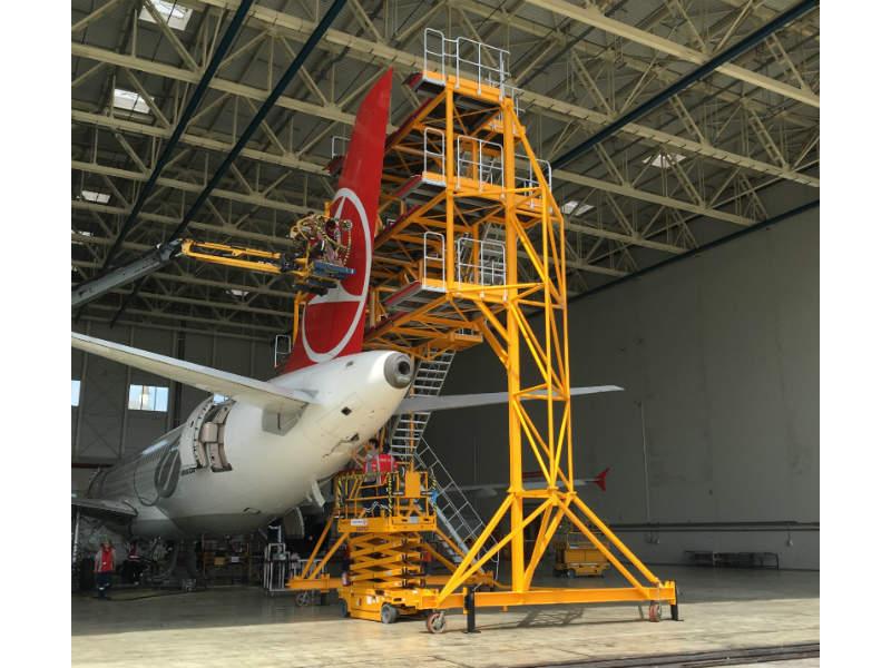 makro-aero-maintenance-docking-platform-3