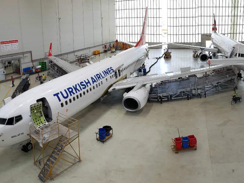 wing docking platform